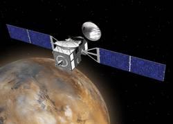 Orbiter ExoMarsa w pobliżu Marsa – wizja artystyczna (NASA).
